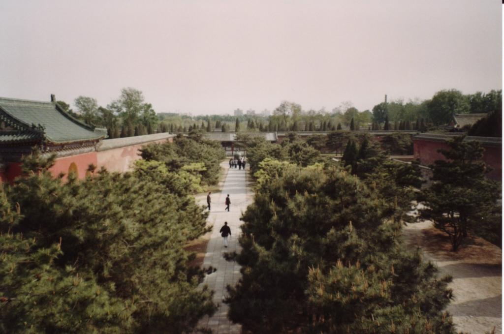 Beijing - Blick vom Glockenturm in Richtung Himmelstempel